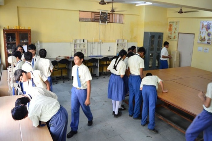 Shree Narayana Central School-Lab