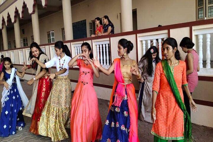 Shree Radhagovind Vidyamandir-Dance