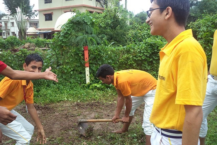 Shree Raj Rajeshwari Vidya Mandir-Conservation Day