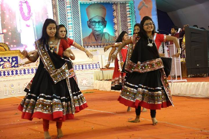 Shree Swaminarayan English Medium School-Annual Day