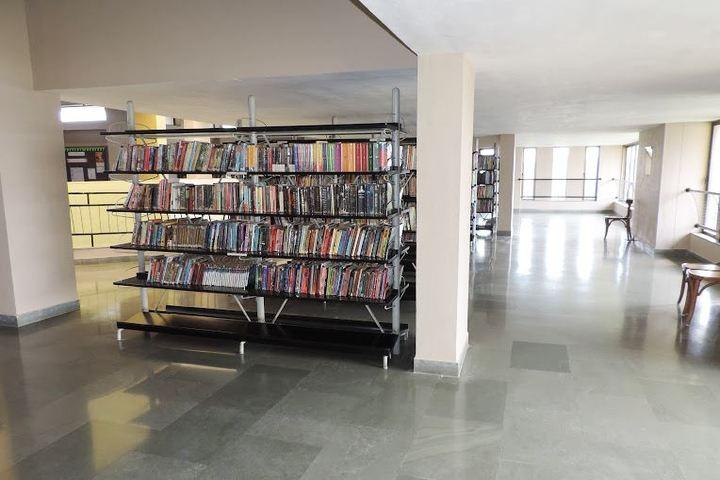 Shree Swaminarayan English Medium School-Library