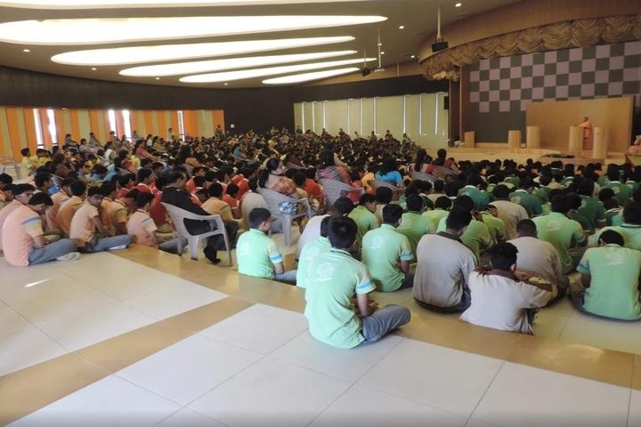 Shree Swaminarayan Gurukul-Auditorium