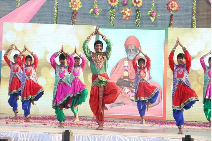 Shree Swaminarayan Gurukul International School- Morbi-Dance