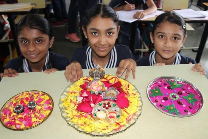 Shree Swaminarayan International Gunatit Vidyadham-Diya Making Activity