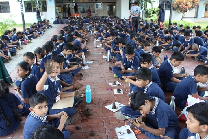 Shree Swaminarayan International Gunatit Vidyadham-Drawing Activity