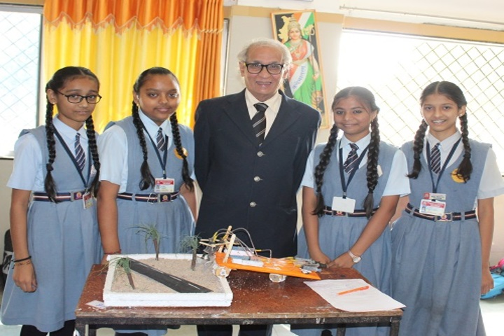 Shree Swaminarayan International Gunatit Vidyadham-Science Exhibition
