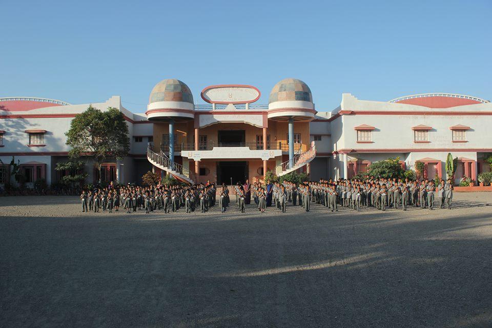 Shree Swaminarayan M G K English Primary School-School Building