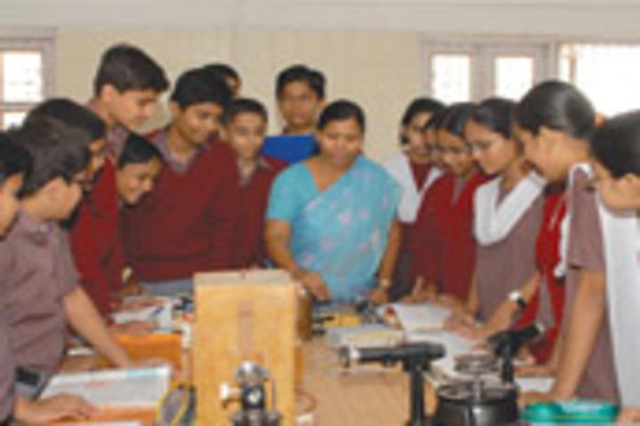 Shree Swaminarayan Public School-Maths Lab