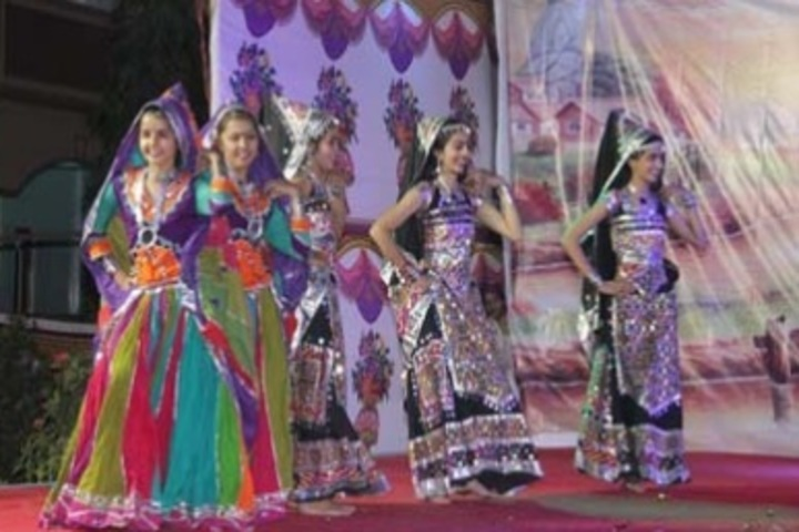 Shree Swaminarayan Vidyalay-Cultural Program