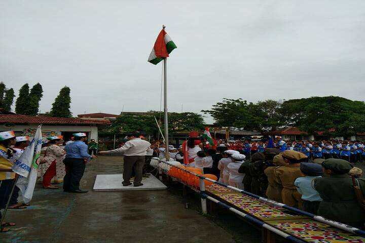 Shree Swaminarayan Vidyaveli Gyan Kendra English Medium School-Independence Day