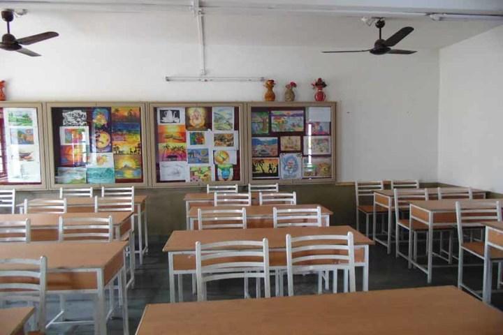 Shreeya Devi Bhagirath Rathi Maheshwari Vidyapeeth-Art and Craft Room