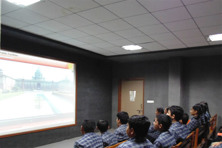 Shreeya Devi Bhagirath Rathi Maheshwari Vidyapeeth-Digital Classroom
