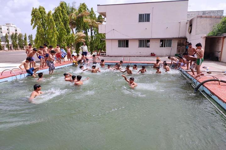 Shri Green Farm English School-Swimming Pool
