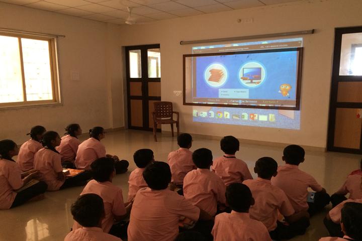 Shri Laxminarayan Vidya Prathishthan-Digital Classroom