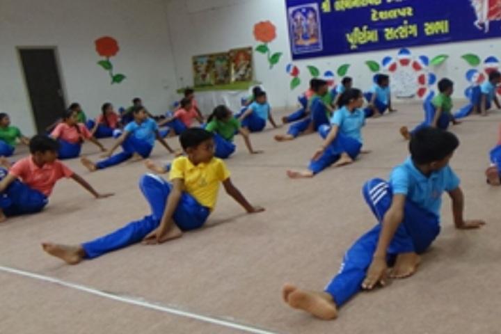Shri Laxminarayan Vidya Prathishthan-Yoga