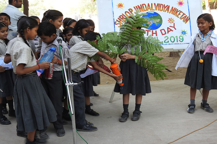 Shri O P Jindal Vidya Niketan-Earth day
