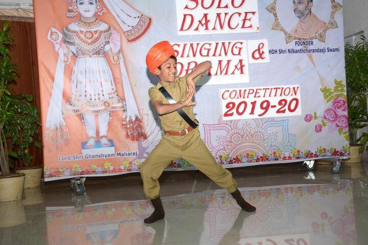 Shri Ramkrishna HariKrishna Academy-Dance Activity