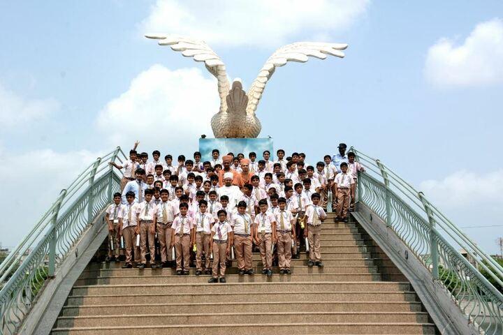 Shri Ramkrishna HariKrishna Academy-Educational Tour
