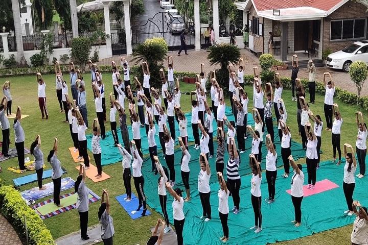 Shri Swami Narayan Academy-Yoga