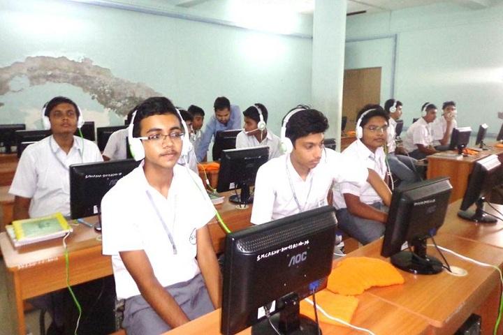 Shrimati Maniba Chunilal Patel Sanskar Vidya Bhavan-Language Lab