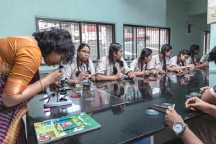 Smt Sandraben Shroff Gnyan Dham School-Biology Lab