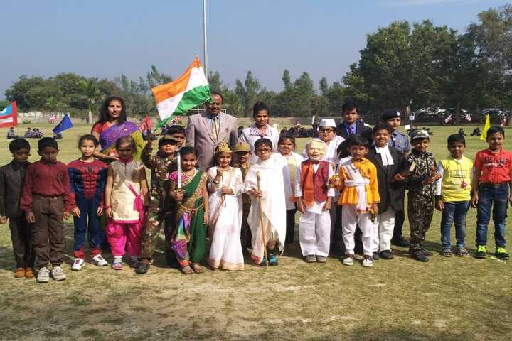 Smt Shardaben Raman Bhai Patel English Med School-Republic Day