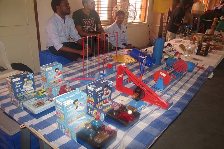 Sri Sathya Sai Vidyaniketan-Science Fair