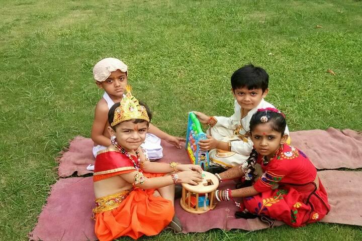 Sri Sri Ravishankar Vidya Mandir-Krishnastami Celebrations