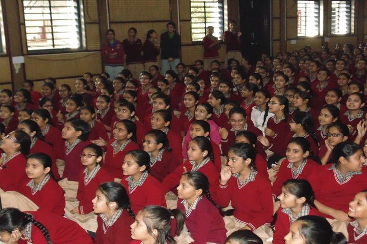 Swaminarayan Vidyapith-Students