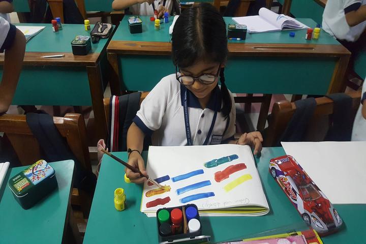 Tapti Valley International School-Drawing