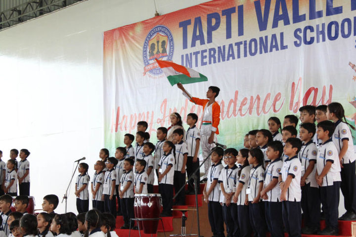 Tapti Valley International School-Independence Day