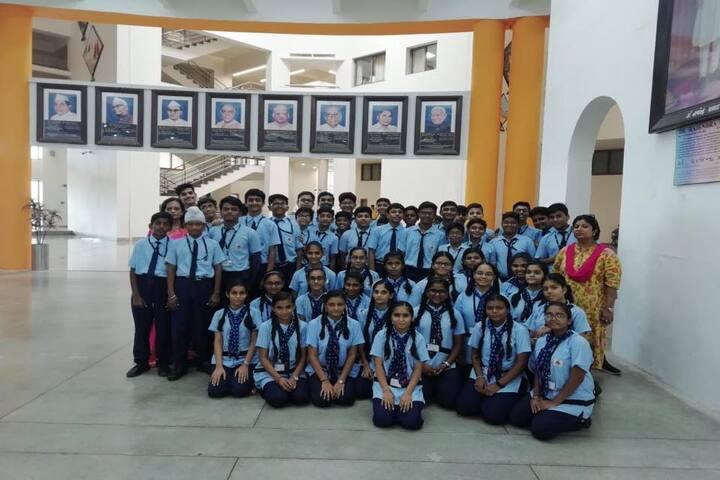 The H B Kapadia New High School-Group Photo