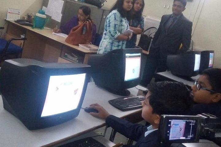 The H B Kapadia New High School-Computer Lab