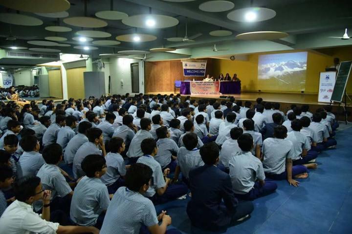 The H B Kapadia New High School-Medical Workshop