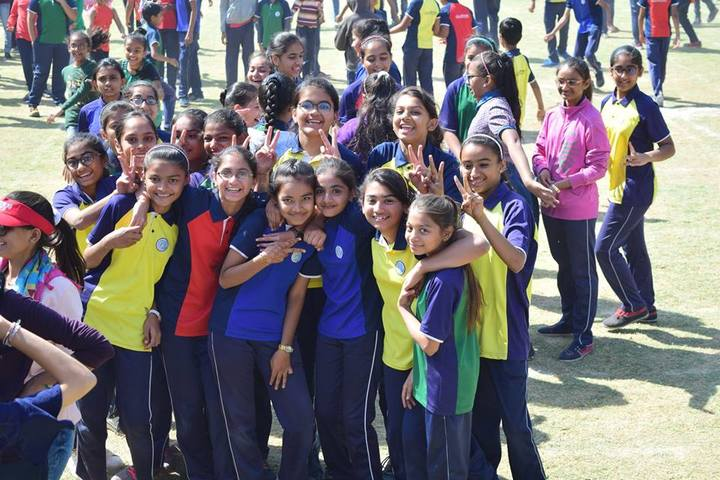 The Mothers International School-Students
