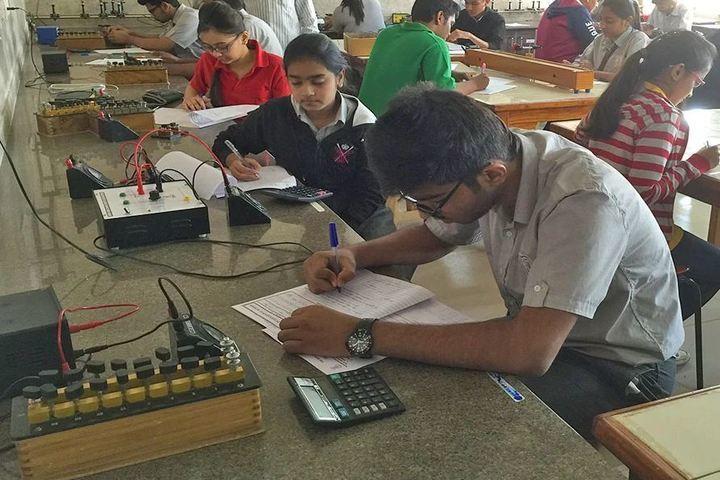 The New Tulip International School-Electronic Lab