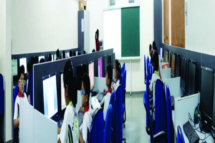 Anand Niketan-Computer Lab