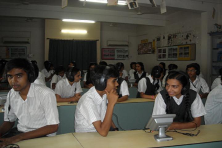 Vallabh Ashrams M G M Amin And V N Savani School-Language lab