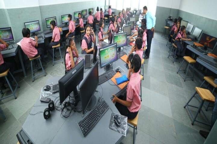 Vasishtha Genesis School-Computer Lab