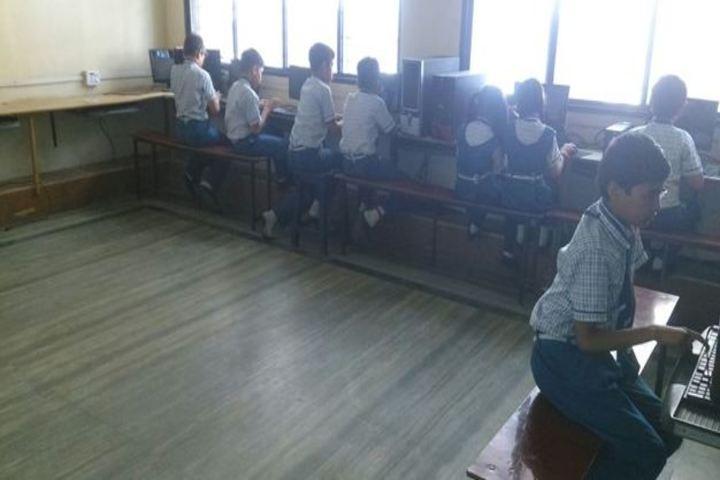 Vidya Dham International School-Computer Lab