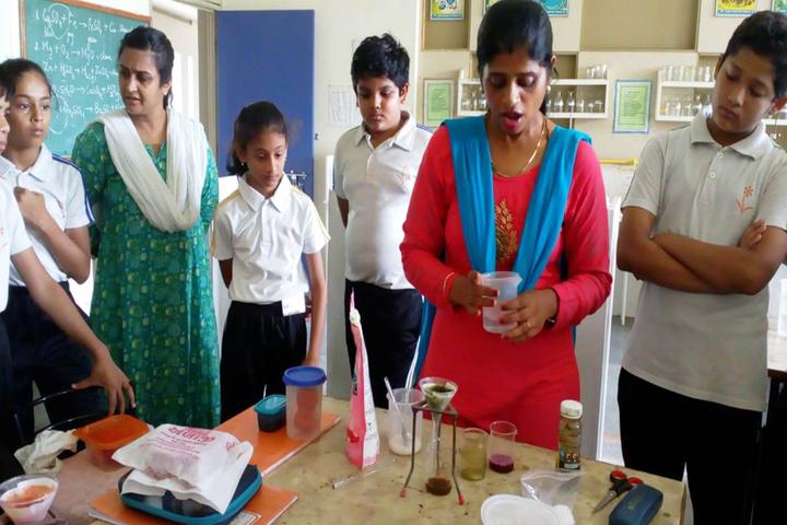 Vrajbhoomi International School-Science Lab