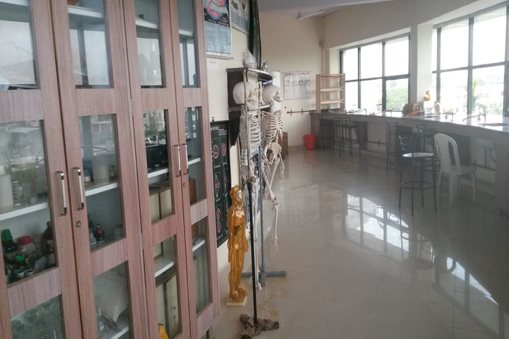 Zen School-Biology Lab