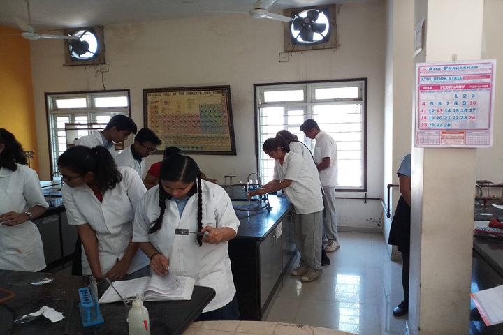 Zen School-Chemistry Lab