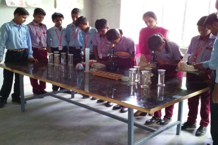 Aastha International Public School-Chemistry Lab