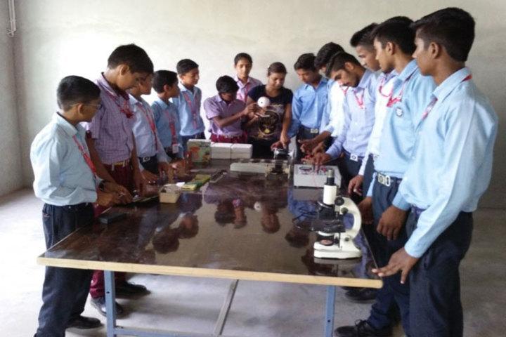 Aastha International Public School-Physics Lab