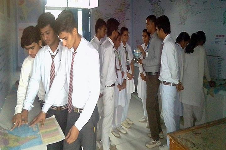 Adarsh Senior Secondary School-Geography Lab