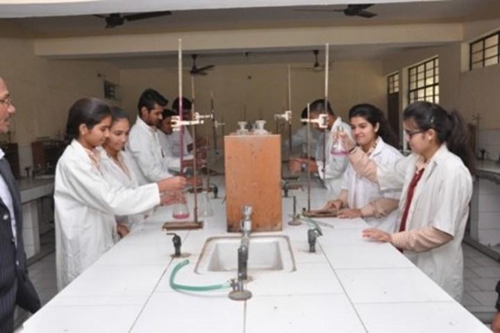 Aggarwal Public School-Chemistry Lab
