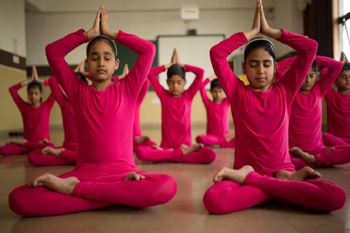 Al Hasan School-Yoga