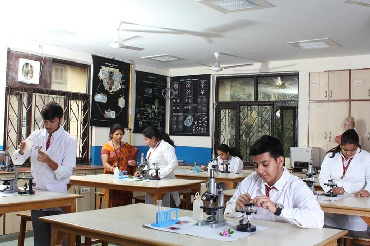 Amity International School-Chemistry Lab