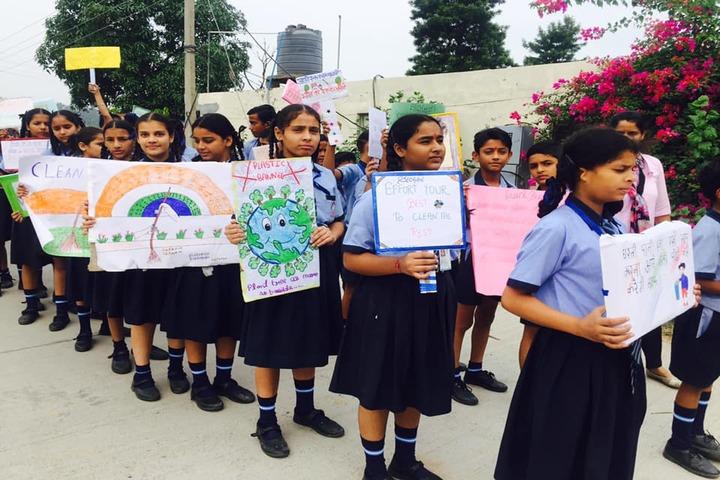Amlok Public School-Rally